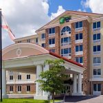 holiday-inn-express-and-suites-fort-myers-4260217693-2x1